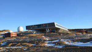 世界のコンテナハウスニュース No.1 File 134個の輸送用コンテナから構築Bharathi南極調査所
