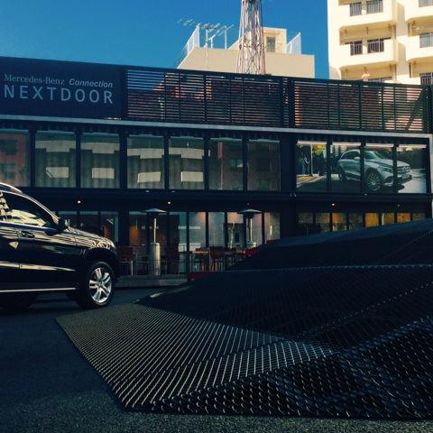 コンテナハウスを活用したイベント施設 NEXTDOOR