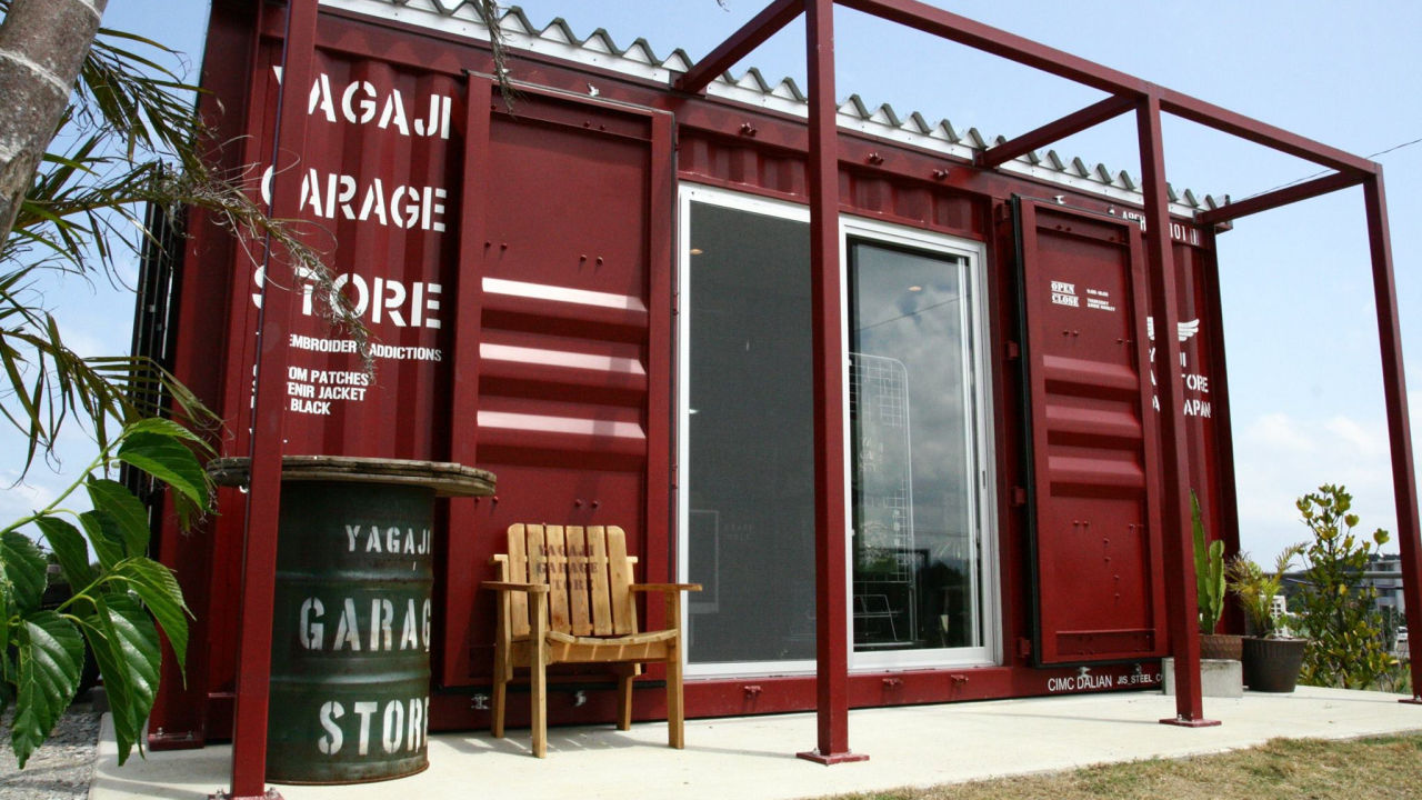 コンテナハウスのガレージストア YAGAJI GARAGE STORE